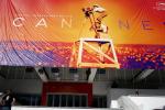 Cannes: célébrités et anonymes vont se réunir sur les marches pour défendre l'avortement