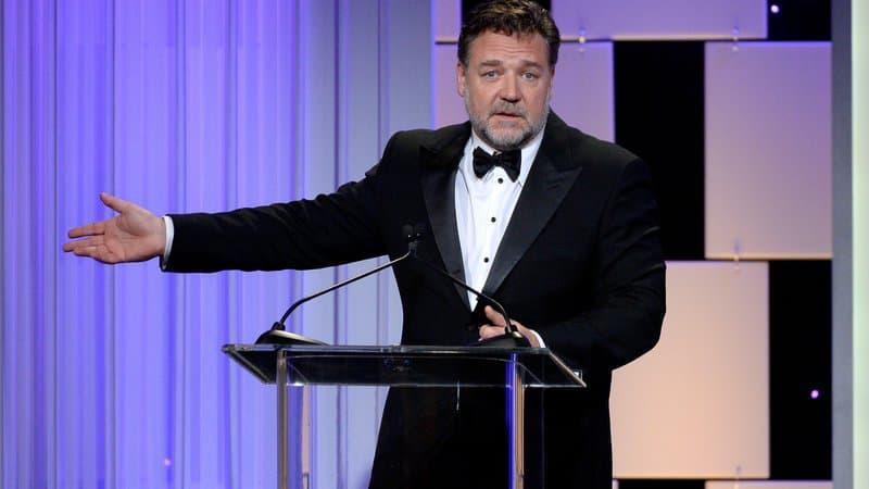 "Soporifique, ""Master and Commander""? Russell Crowe défend son film bec et ongles"