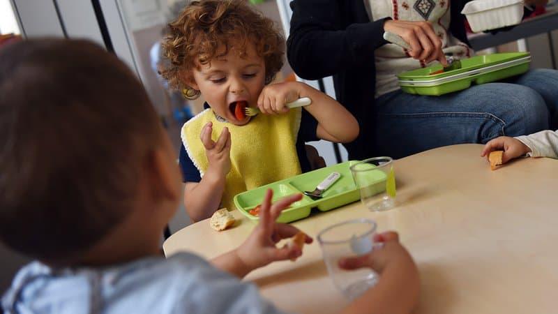 Baby-sitter, nounou: la fréquentation des sites spécialisés explose avant le nouveau confinement