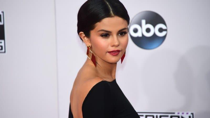 """Selena Gomez au casting de """"Spiral"""", un thriller horrifique coproduit par Drake"""