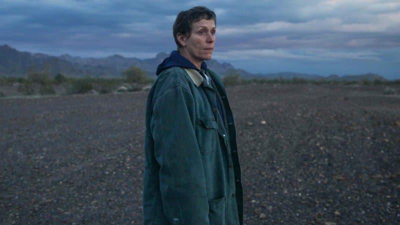 """""""Nomadland"""" de Chloe Zhao remporte le prix phare des réalisateurs d'Hollywood"""
