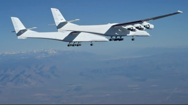 L'avion le plus grand de monde effectue son second vol