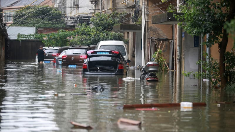 La-province-du-Henan-est-frappee-par-de-graves-inondations-1078023